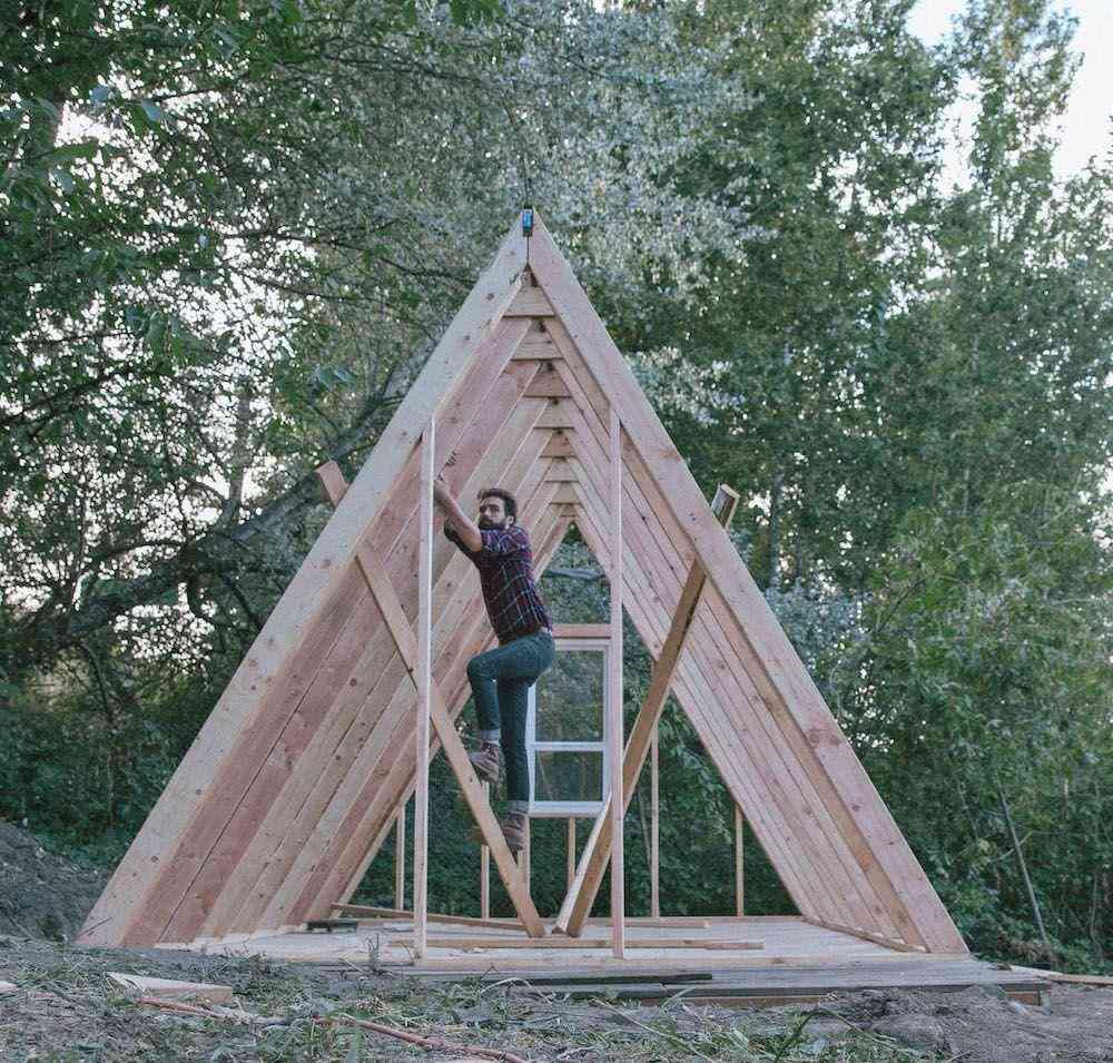 estrutura do chalé da casa chalé em construção
