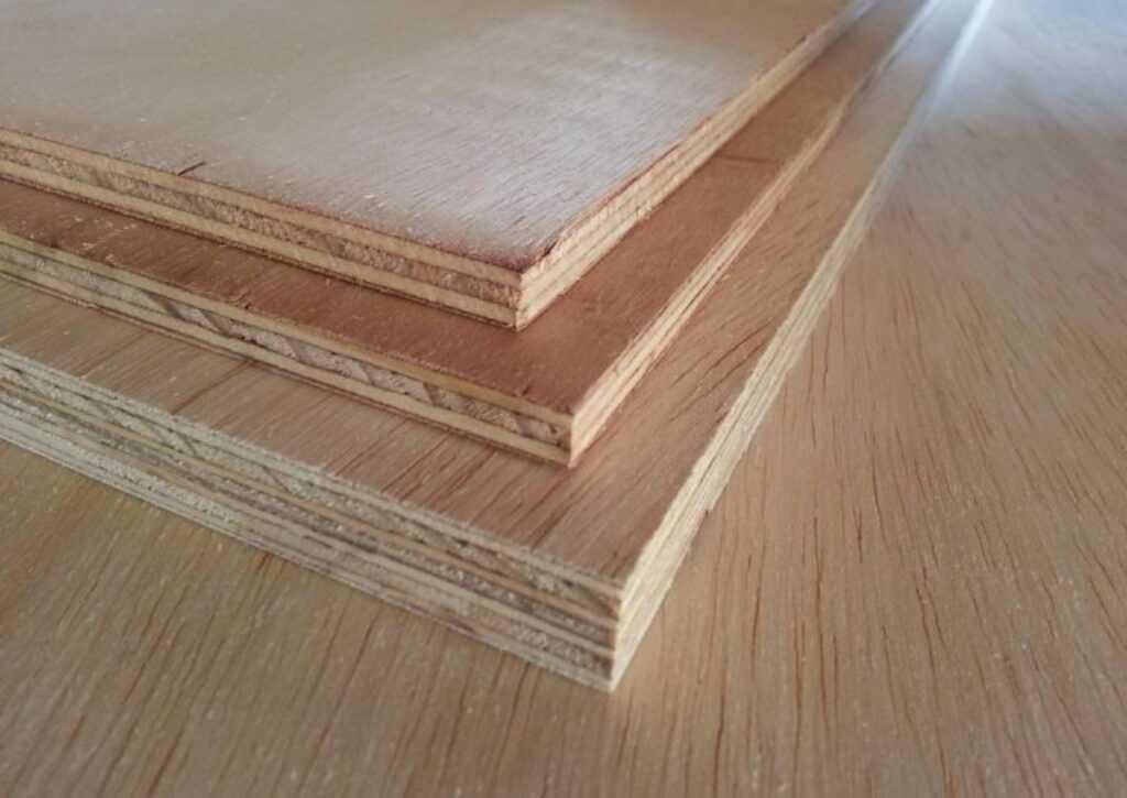 compensado naval para chalé de madeira