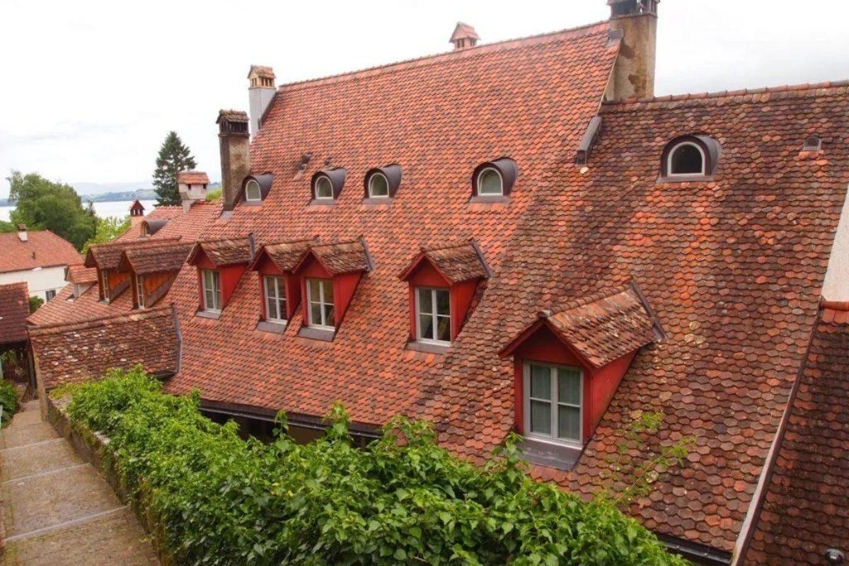 telhado do chalé suíço