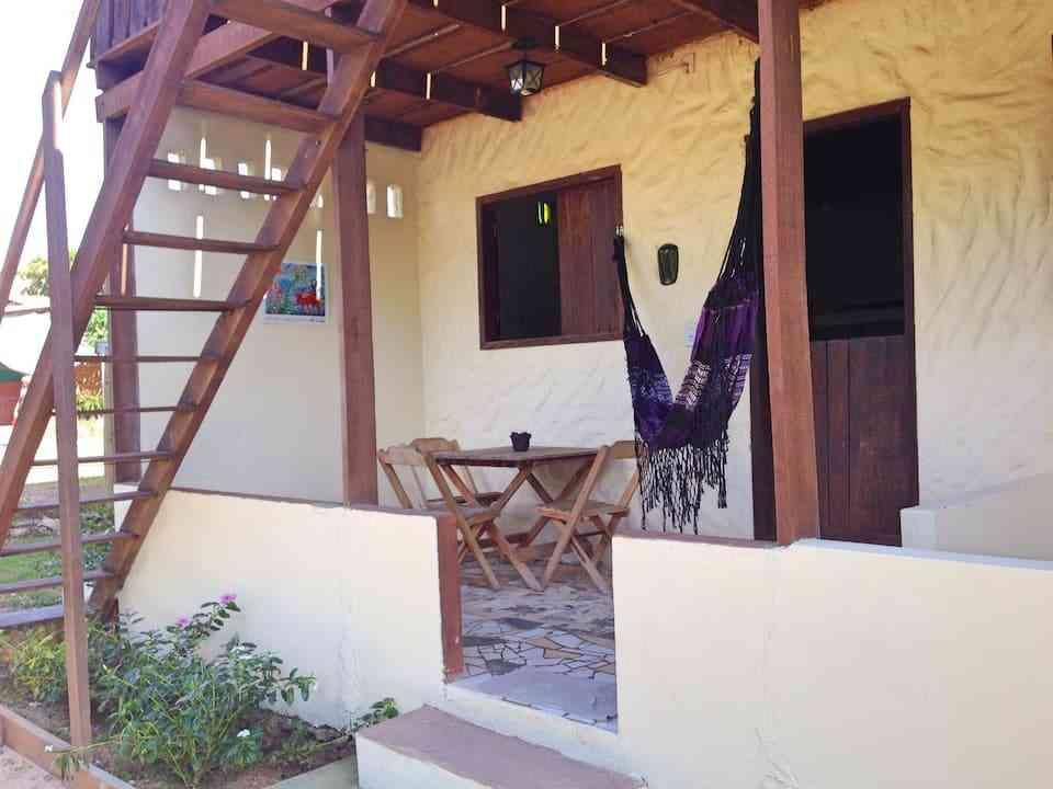 chalé de madeira para hospedagem no Brasil 285