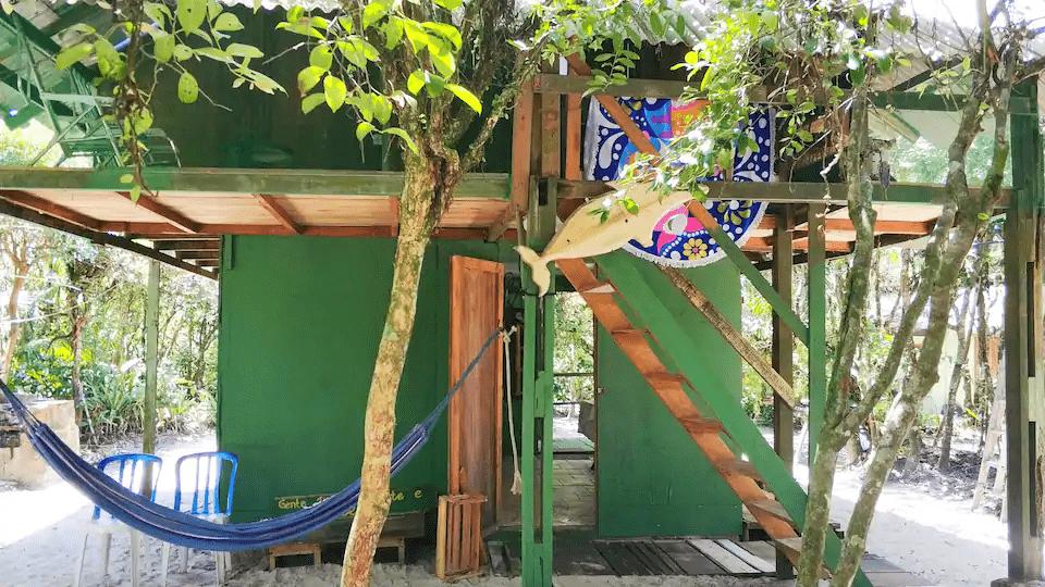 chalé de madeira para hospedagem no Brasil 336