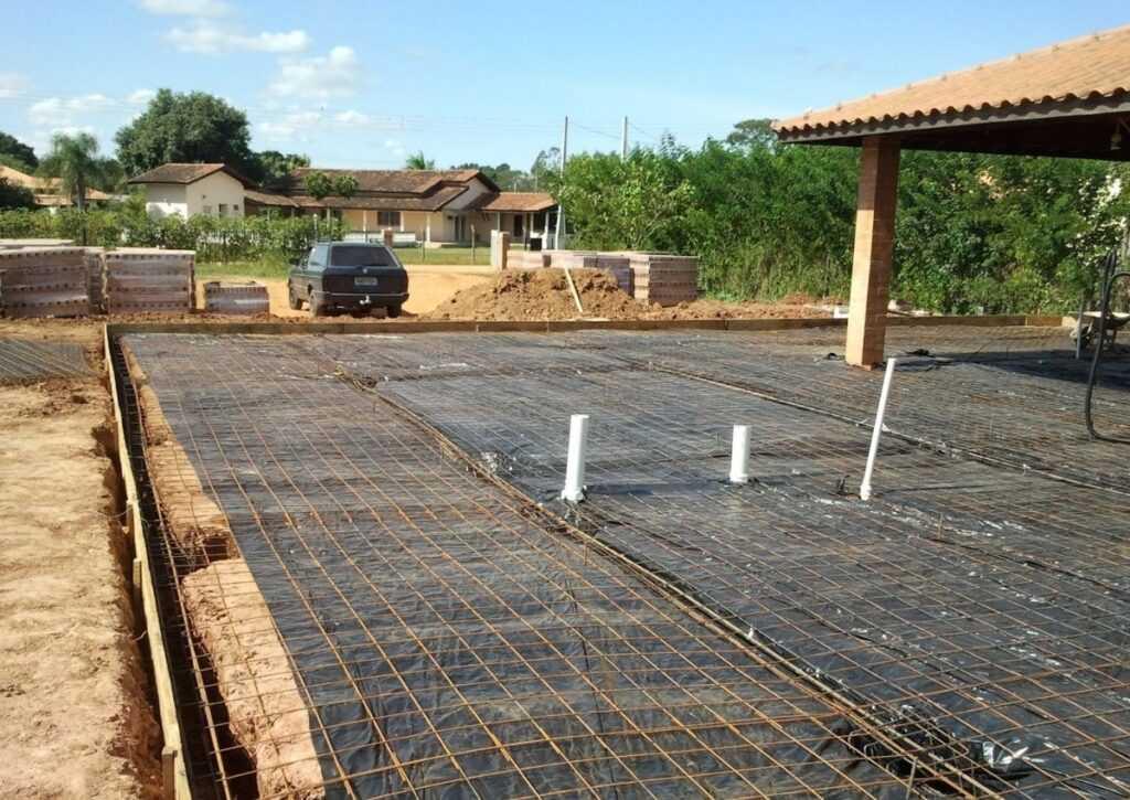 posicionamento das telas de aço para fundação radier