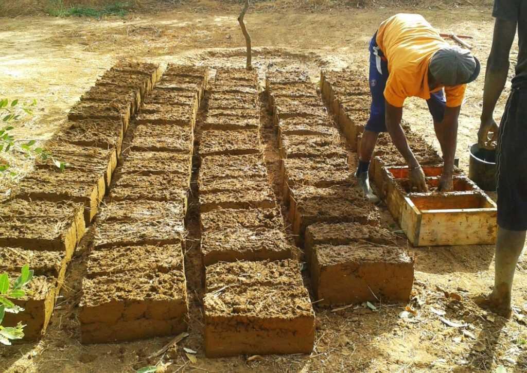bioconstrução blocos de adove