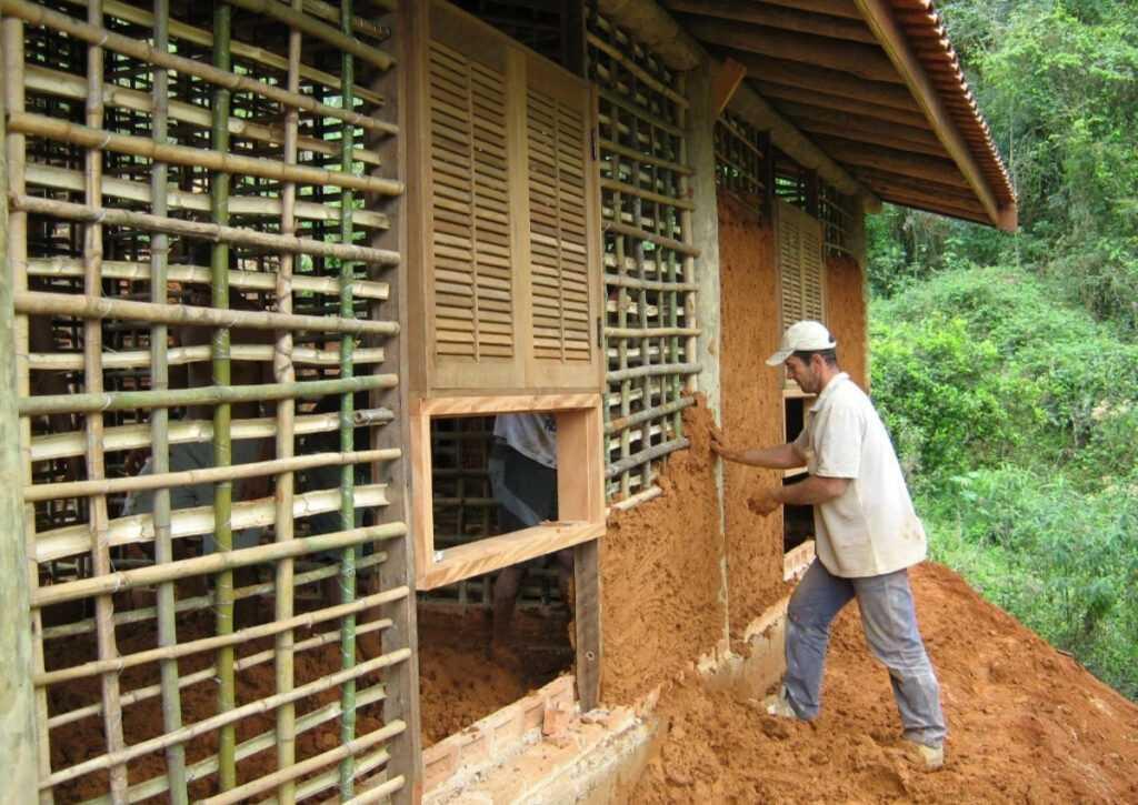 bioconstrução feita de pau a pique