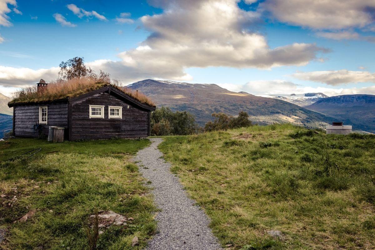 casa de campo rústica nas montanhas