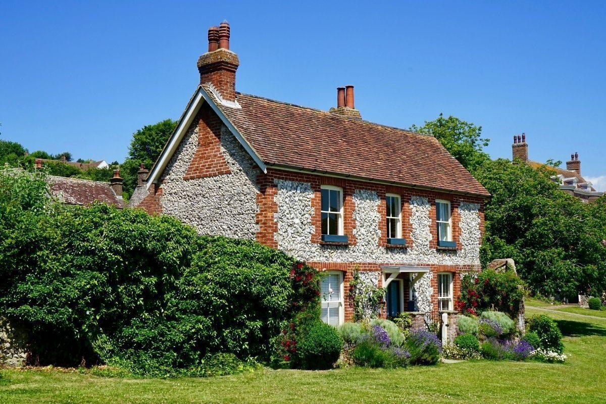 casa de campo feita de pedras