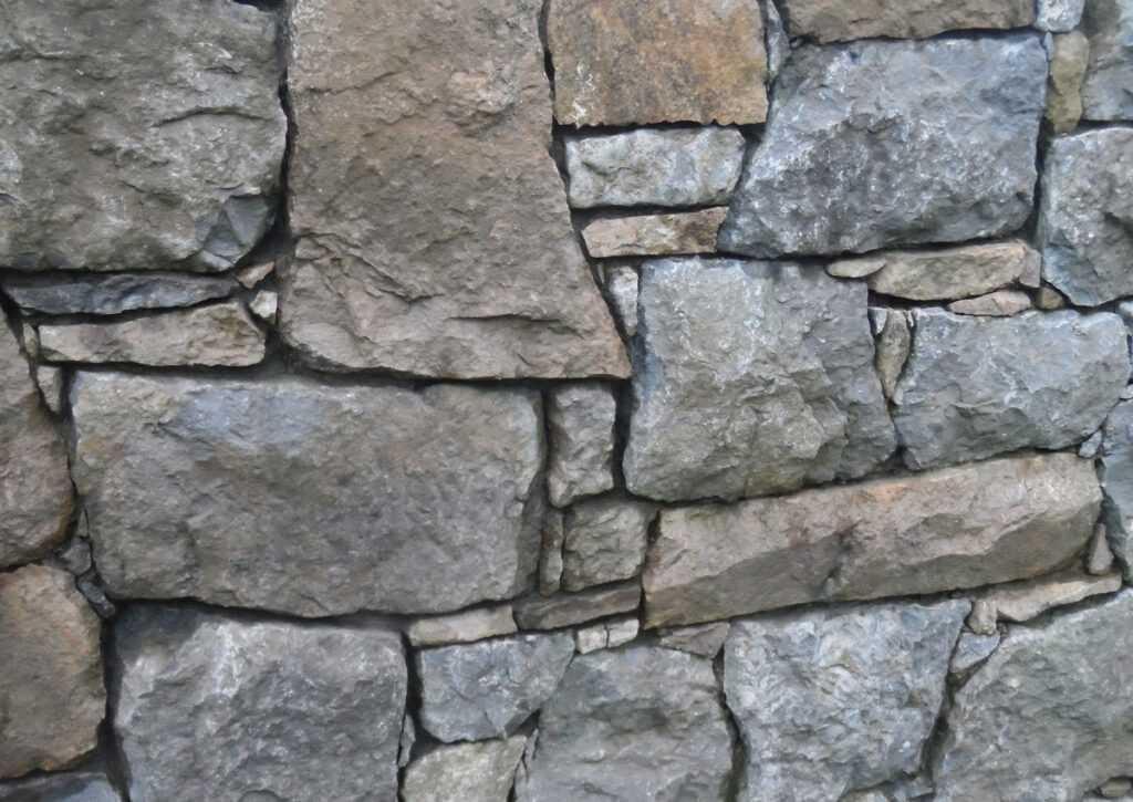 pedras utilizadas na bioconstrução