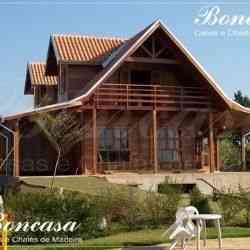 modelo de casa de madeira 4 quartos chalé 8