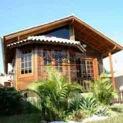 modelo de casa de madeira 2 quartos casa 7