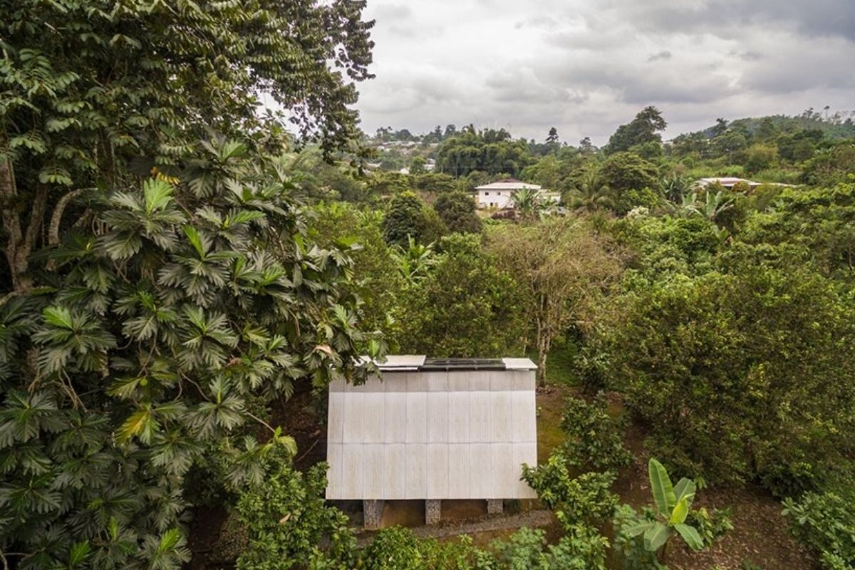 chalé de madeira sustentável foto 9