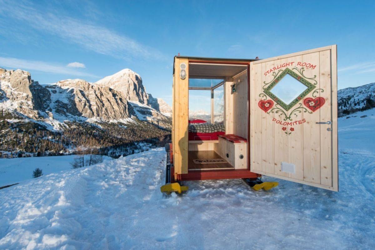 cabana de madeira e vidro foto 4