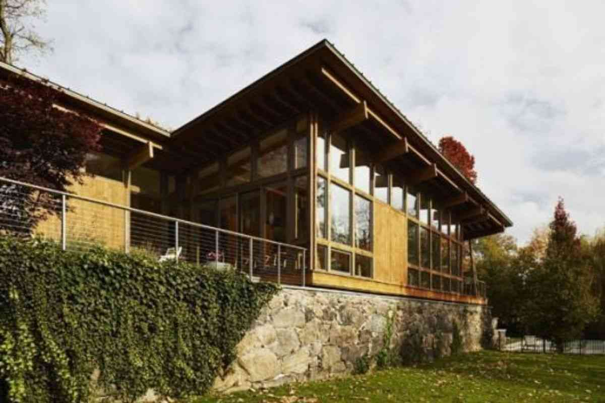 casa de madeira e vidro 11