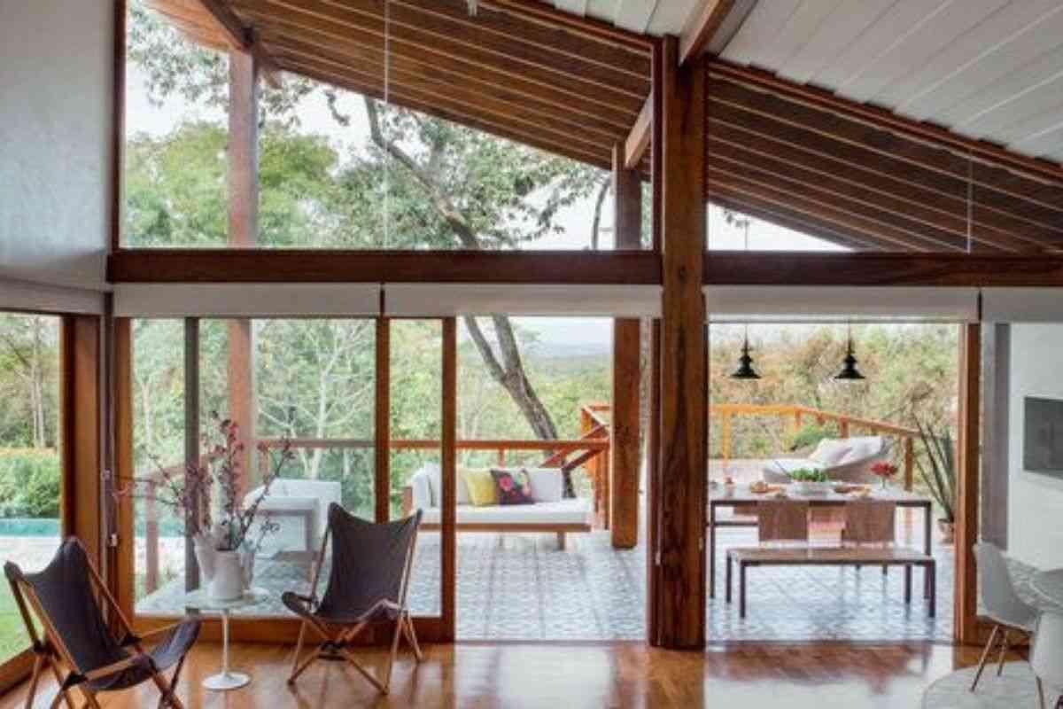 casa de madeira e vidro 2