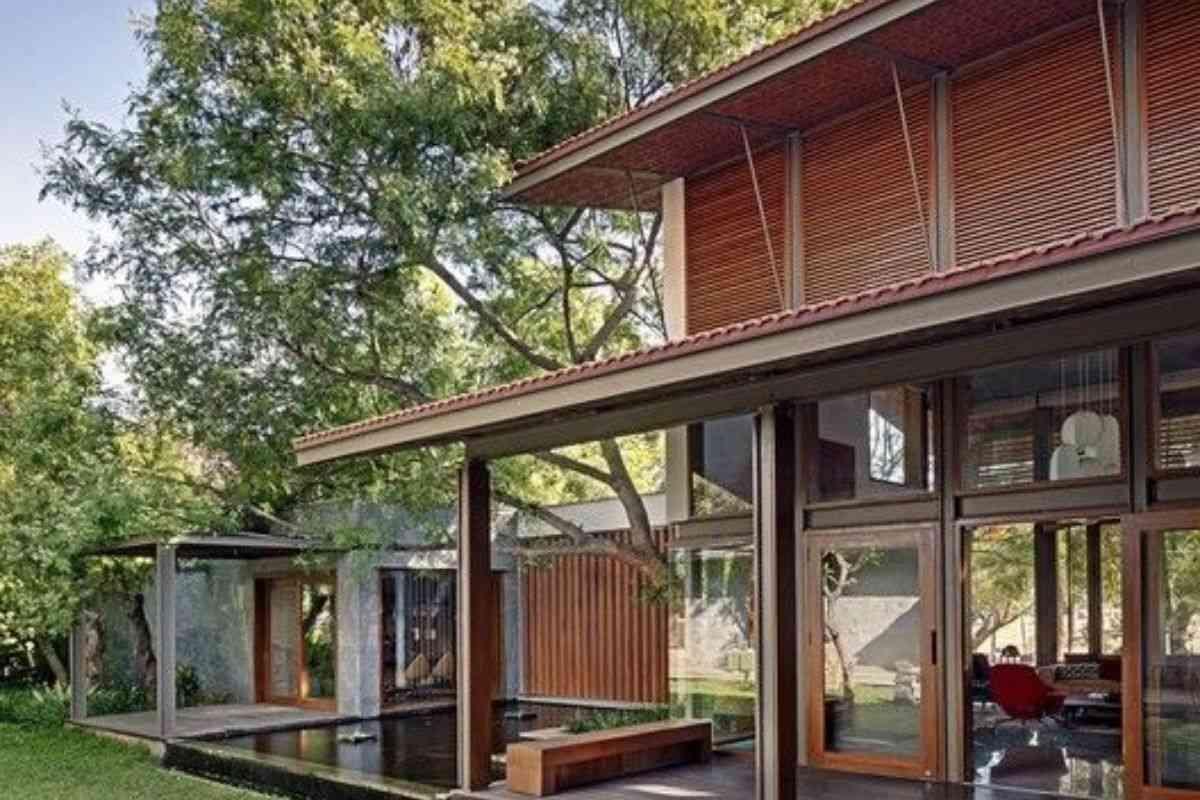 casa de madeira e vidro 3