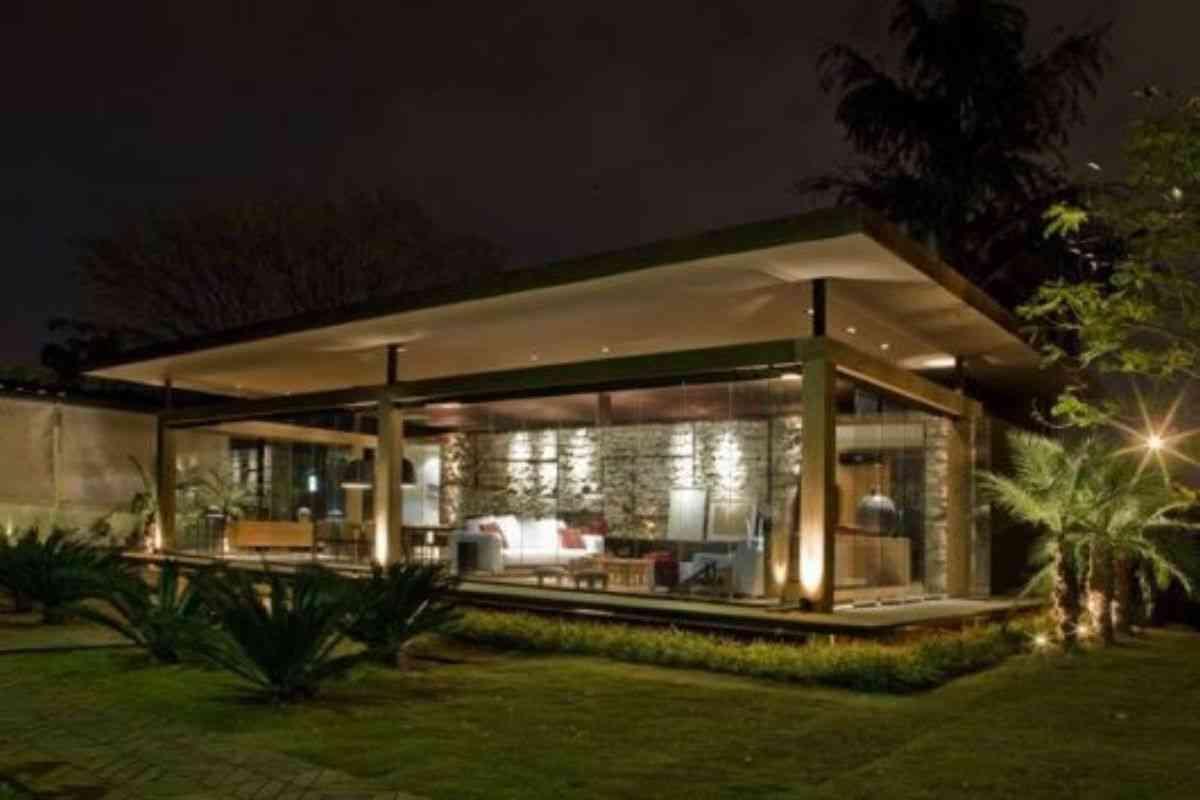 casa de madeira e vidro 8