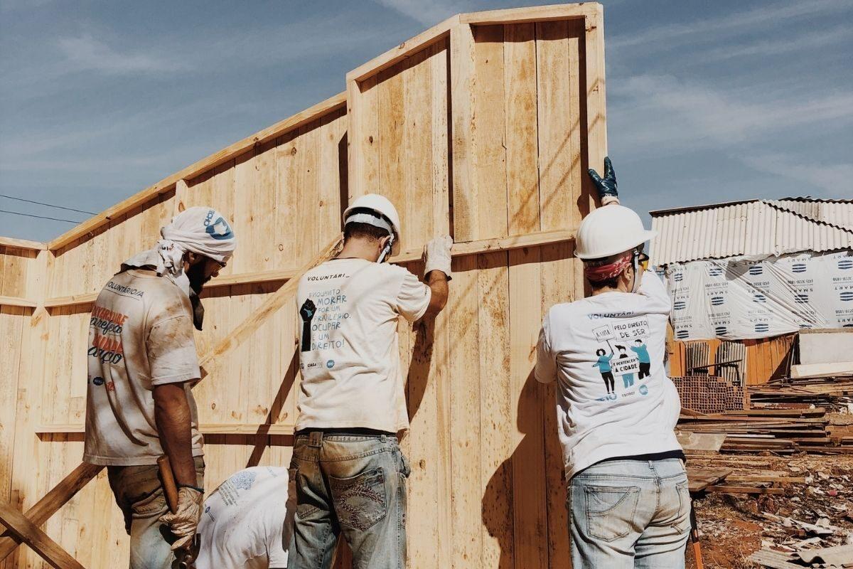 casa de madeira simples DIY