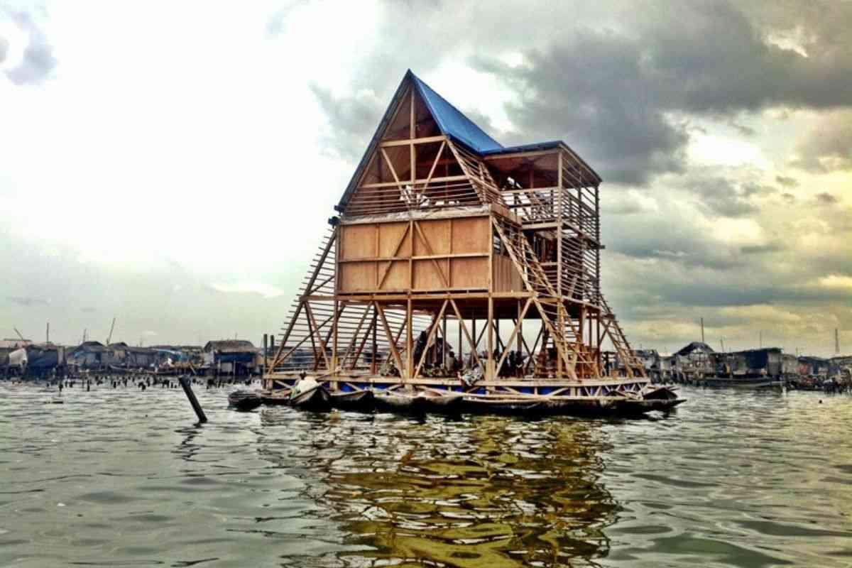 chalé flutuante makoko NLE foto 1