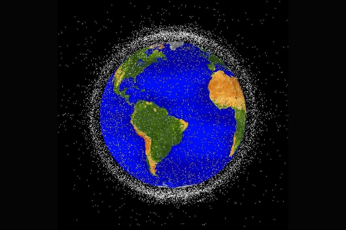 satélite de madeira lixo espacial