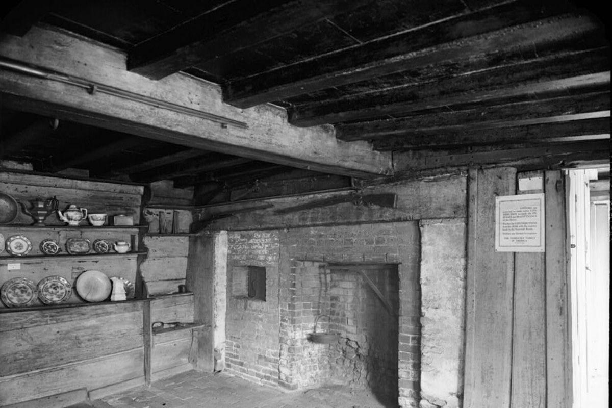 casa de madeira antiga Fairbanks House foto 4