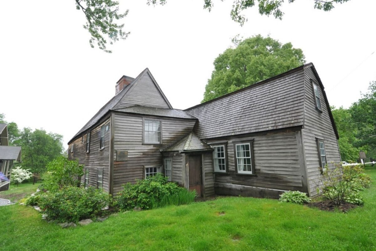 casa de madeira antiga Fairbanks House foto 5