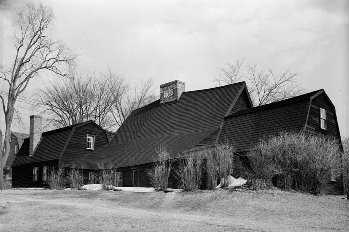 casa de madeira antiga Fairbanks House foto 6