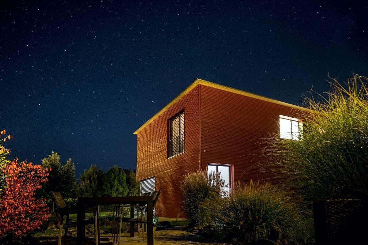 casa de madeira pronta usada