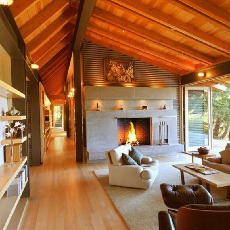 casa de madeira por dentro foto 1