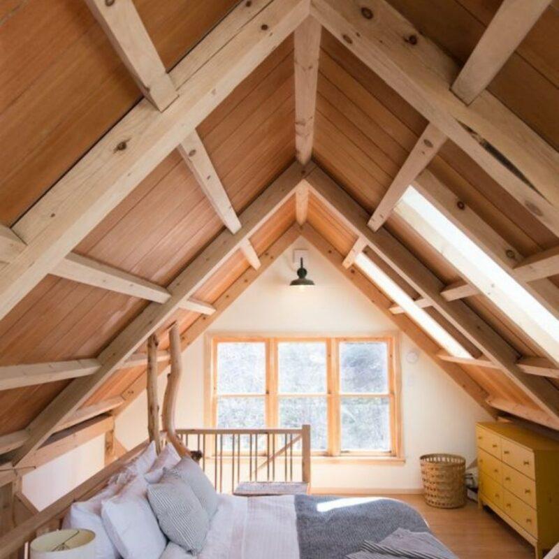 casa de madeira por dentro foto 11