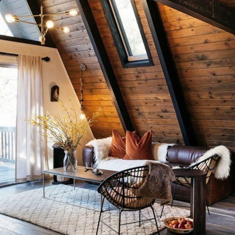 casa de madeira por dentro foto 48