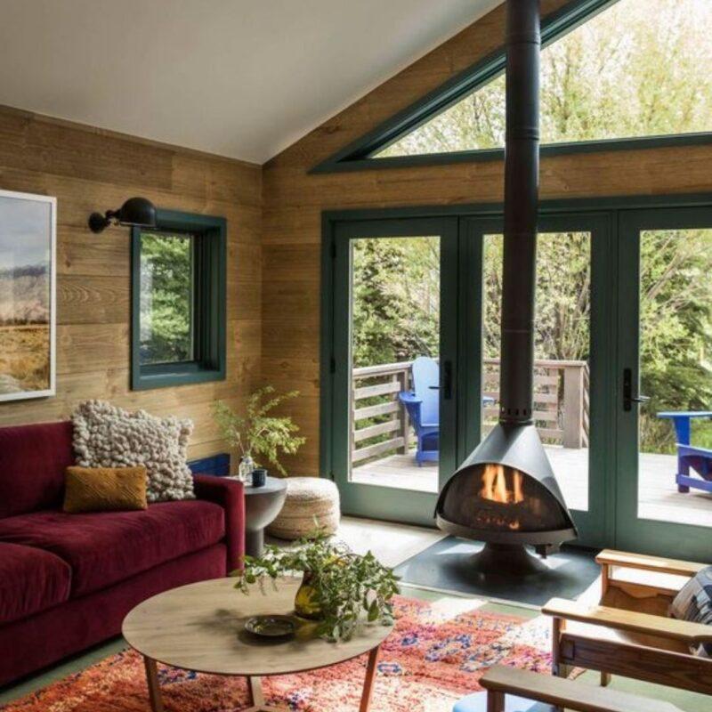 casa de madeira por dentro foto 49