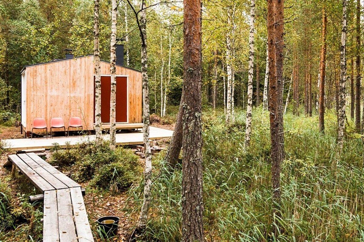 casa de madeira simples interior aconchegante politaire foto 7
