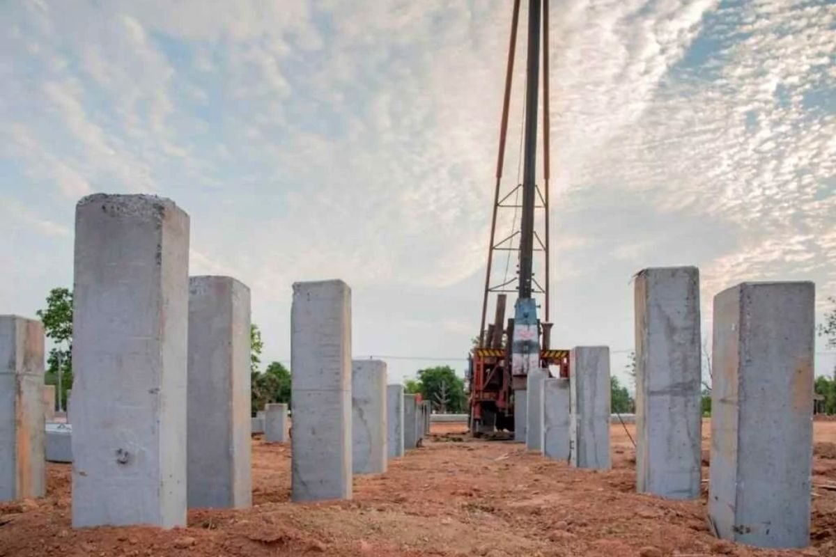 fundação para casas de madeira estacas