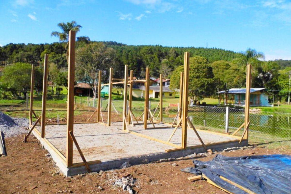 sistema de encaixe de madeira casa pré-fabricada pes direitos