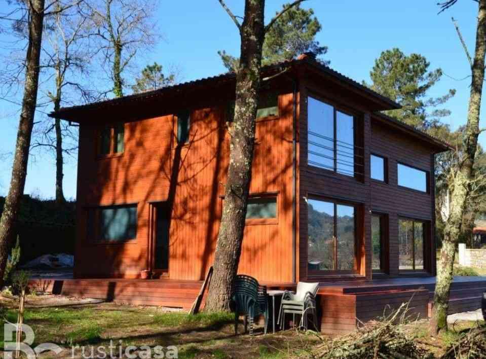 Casa de madeira modelo de 200 m², em Portugal
