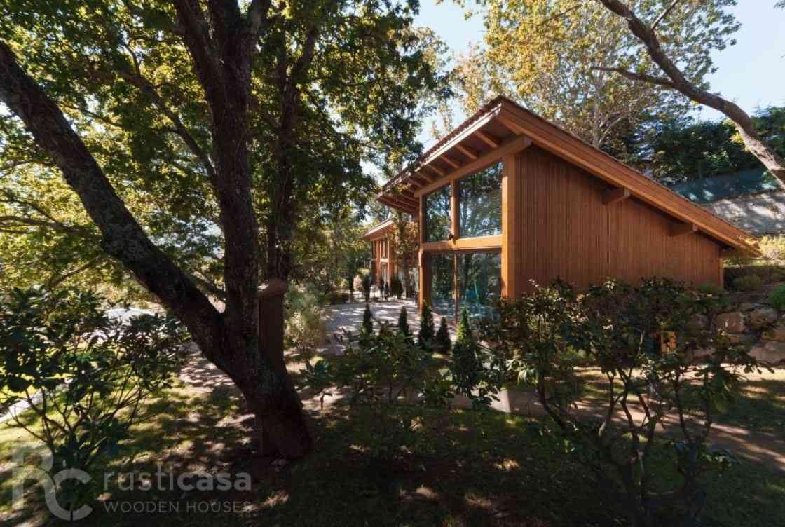 Casa de madeira modelo de 350 m², em Portugal