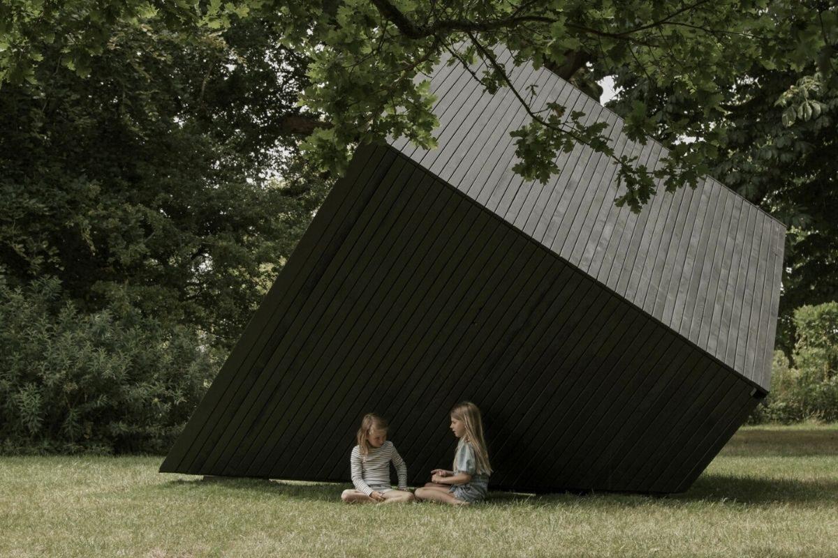 cabana de madeira home office ilusão de ótica koto foto 1