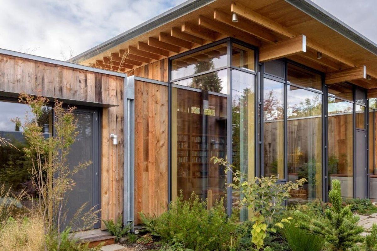 casa de madeira exposta e vidro olson kunding foto 1