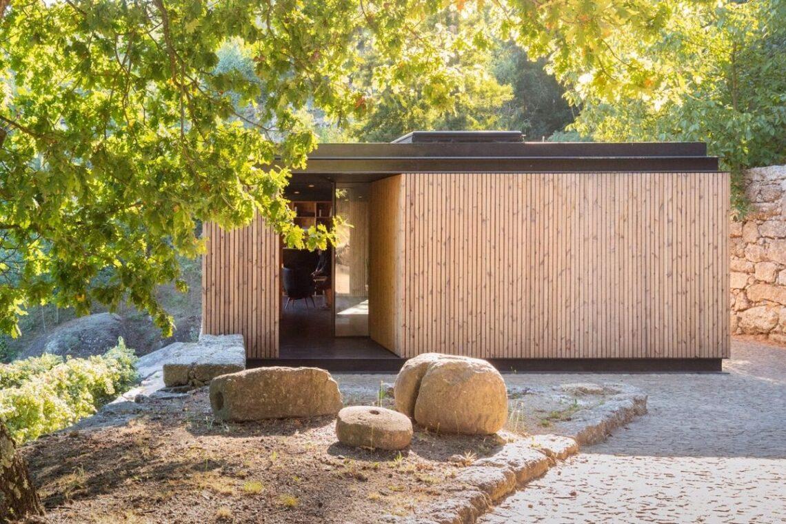 casa de madeira minimalista portugal foto 1