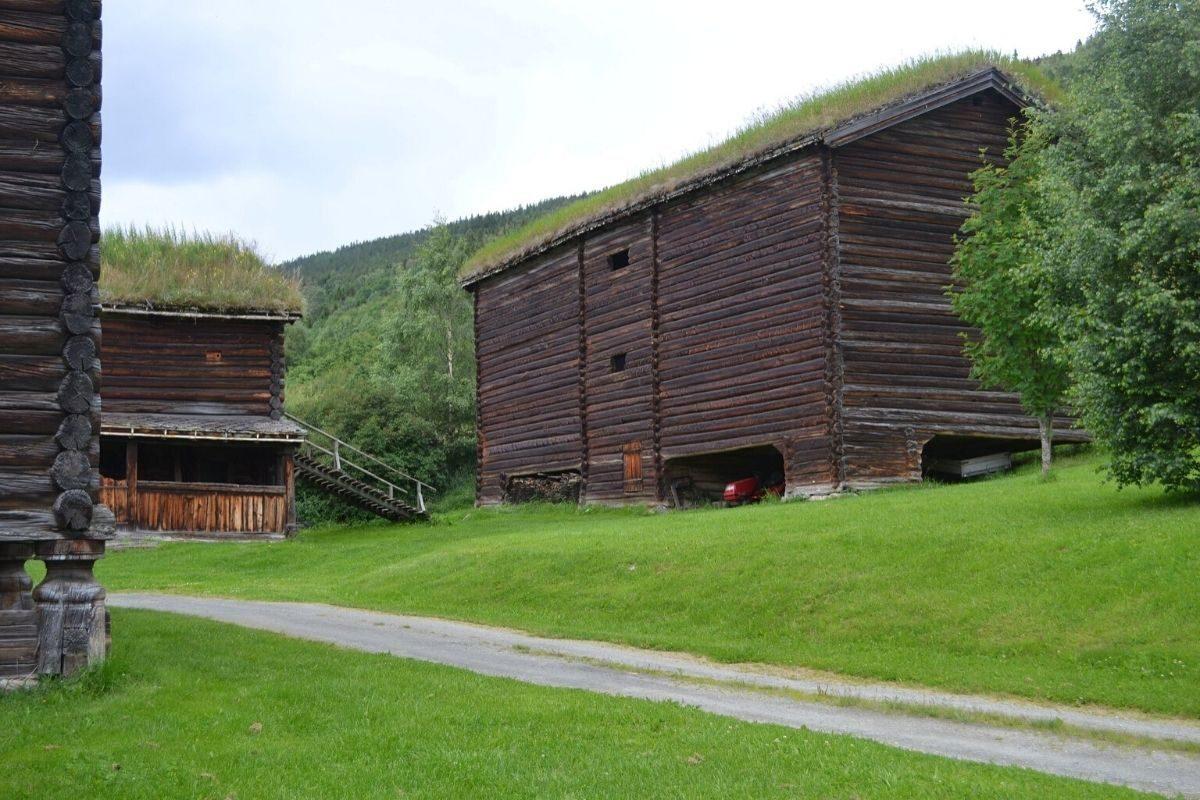 casa de toras e troncos norueguesa
