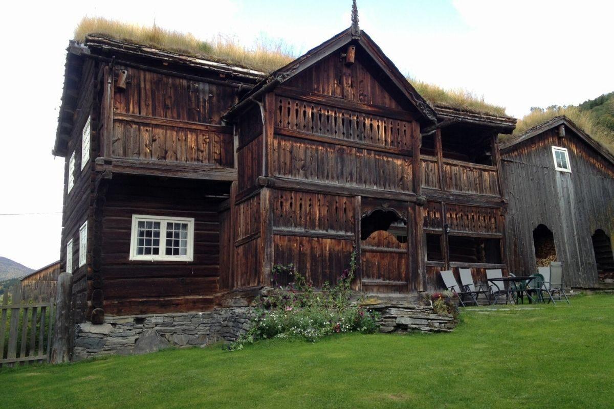 casa de toras no estilo norueguês