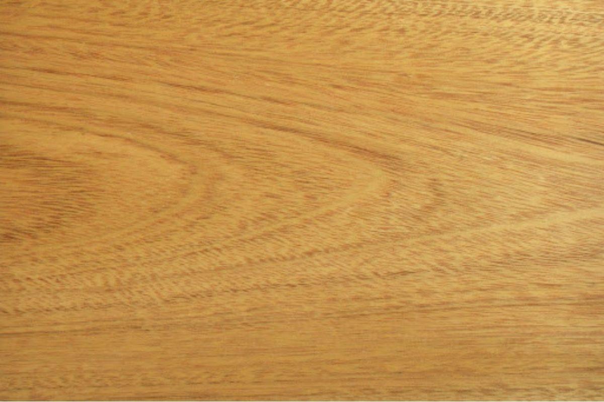 cor de verniz para madeira cerejeira