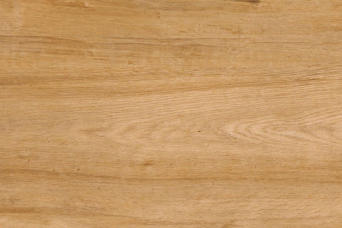 cor de verniz para madeira natural