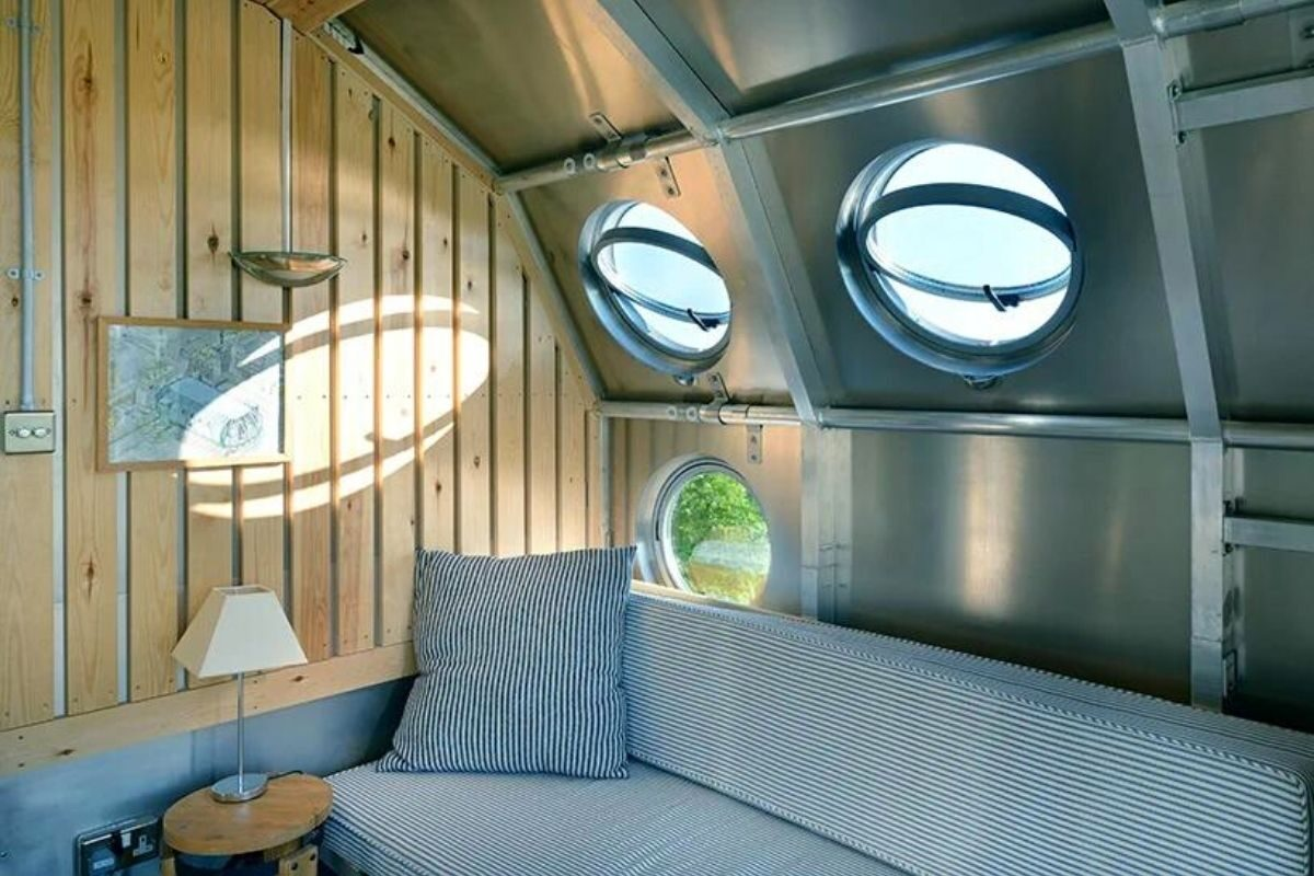 espaçonave aibnb airship002 foto 5