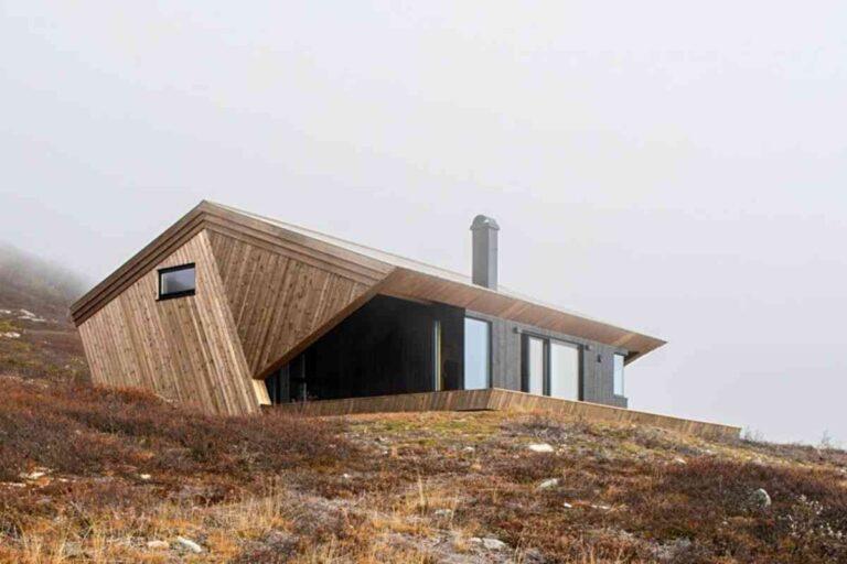Casa de madeira projetada para suportar clima extremo tem visual incrível
