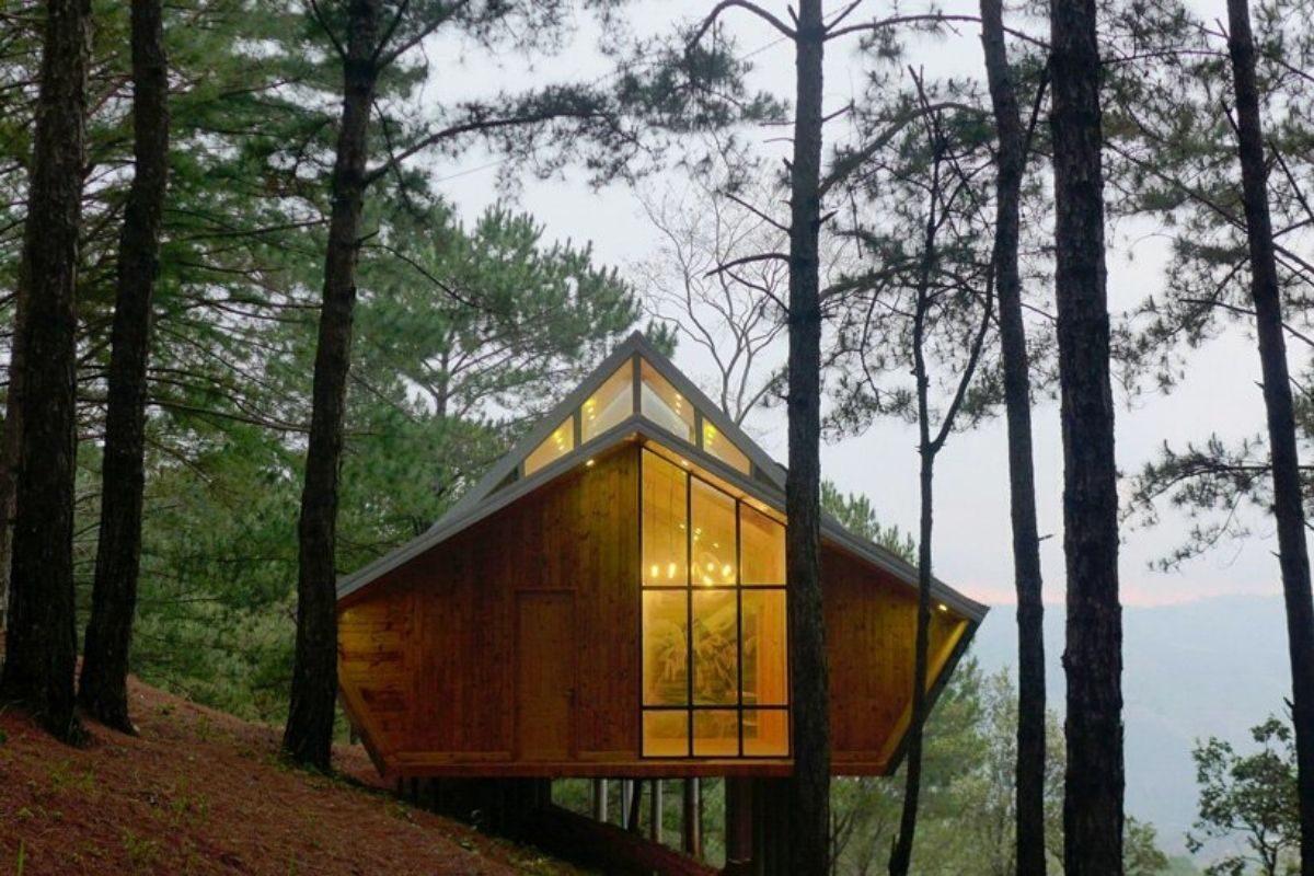 casa de madeira geométrica foto 2