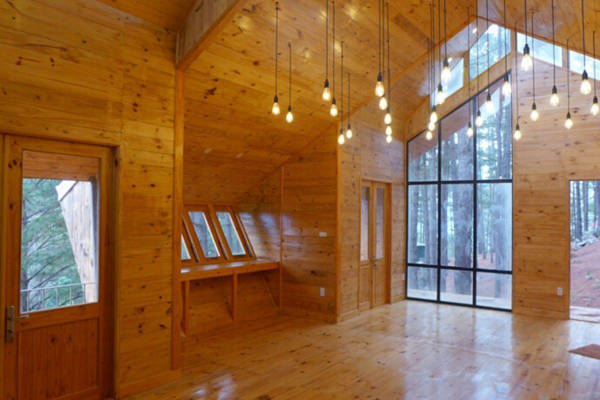 casa de madeira geométrica foto 6