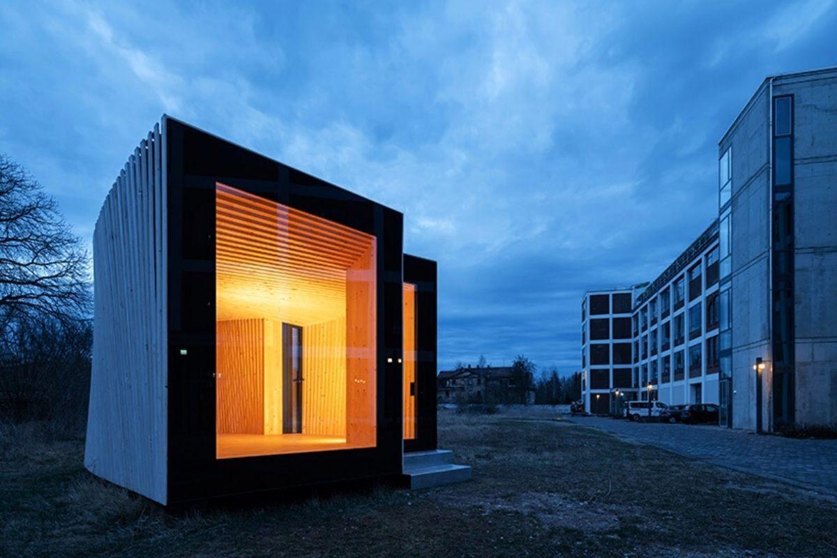 mini casa de madeira sanfonada foto 2