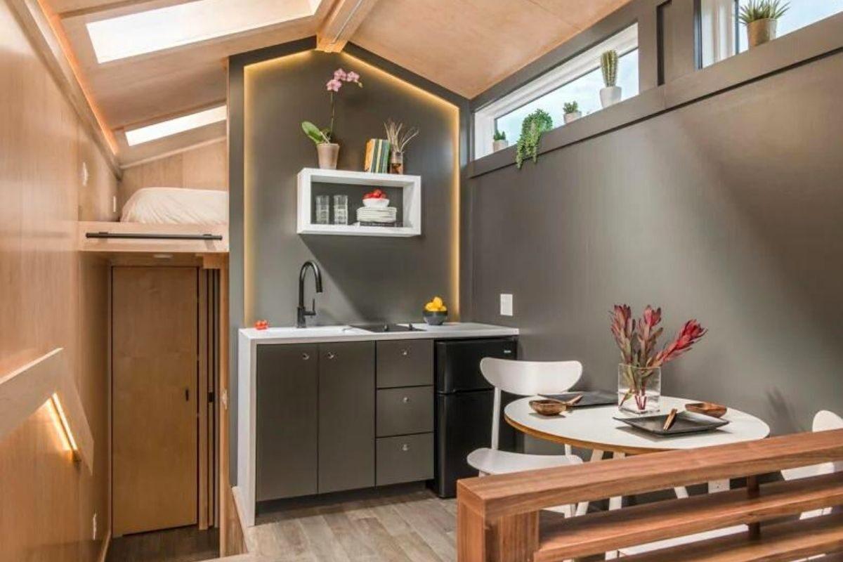tiny house de madeira inspirada casas de campo foto 6