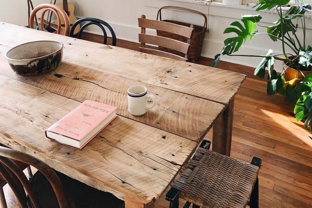 Mesas de madeira rústica longas e retangulares 1