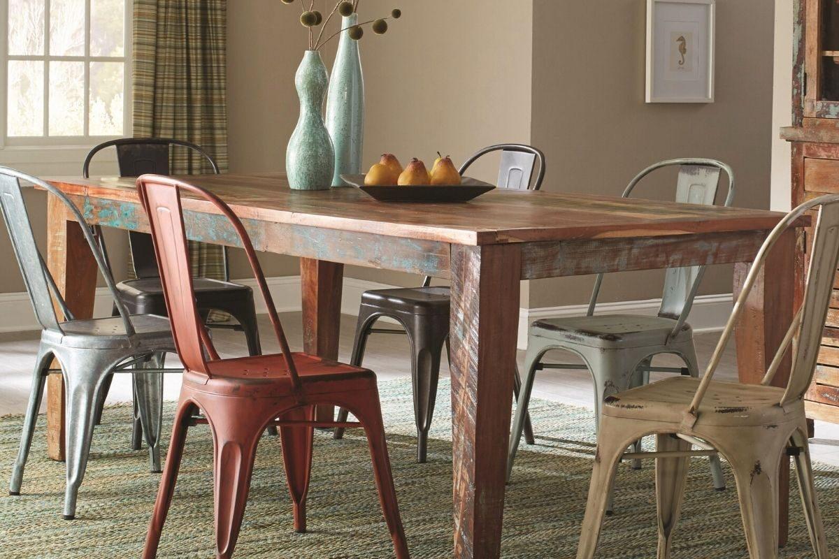 Mesas de madeira rústica longas e retangulares 2